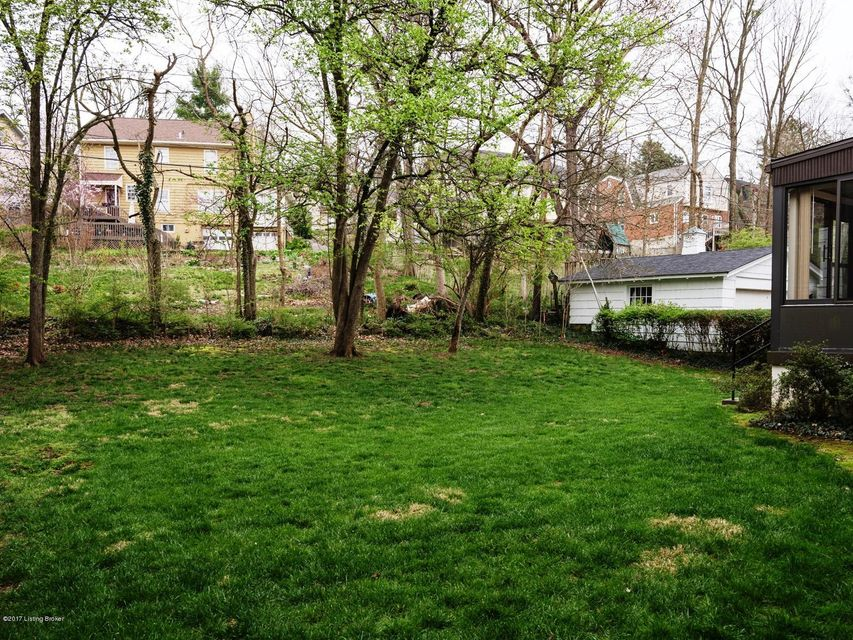 Additional photo for property listing at 1811 Spring Drive  Louisville, Kentucky 40205 United States