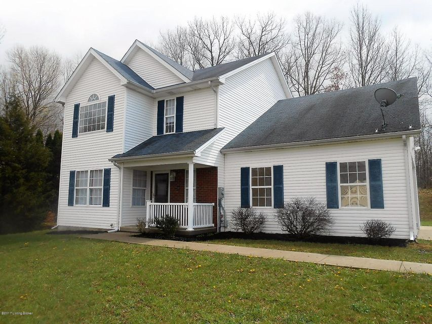 Single Family Home for Sale at 8001 S Woodland Drive Radcliff, Kentucky 40160 United States