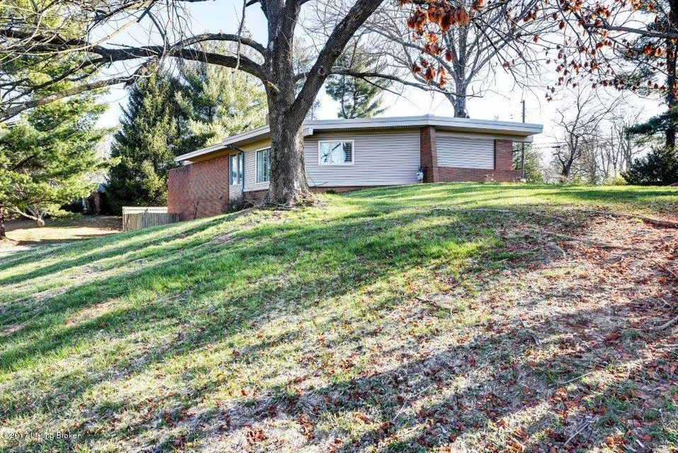 Additional photo for property listing at 707 Fairhill Drive  Louisville, Kentucky 40207 United States