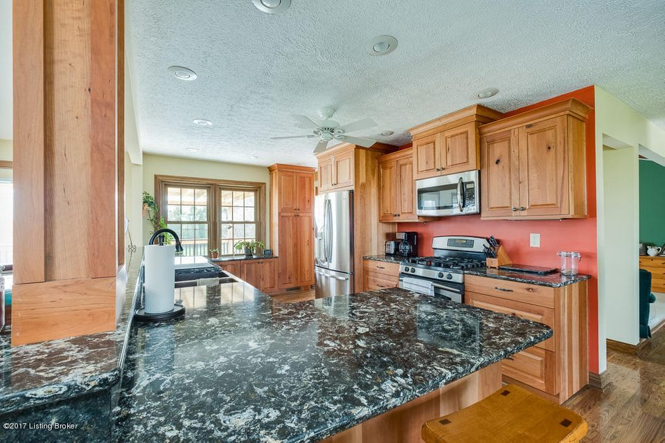 Additional photo for property listing at 16320 Dry Ridge Road  Louisville, Kentucky 40299 United States