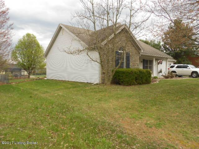Additional photo for property listing at 1114 Twelve Oaks Drive  Lawrenceburg, Kentucky 40342 United States