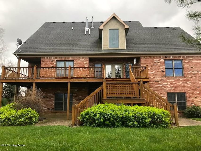 Additional photo for property listing at 302 Locust Creek Blvd  Louisville, Kentucky 40245 United States
