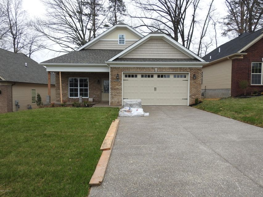 Single Family Home for Sale at 9400 Fernhill Drive Louisville, Kentucky 40291 United States