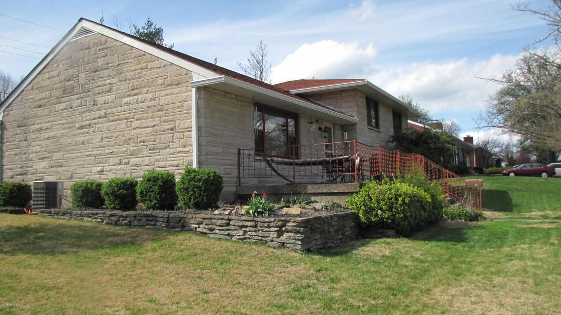 Additional photo for property listing at 928 Plainview Drive  Shelbyville, Kentucky 40065 United States