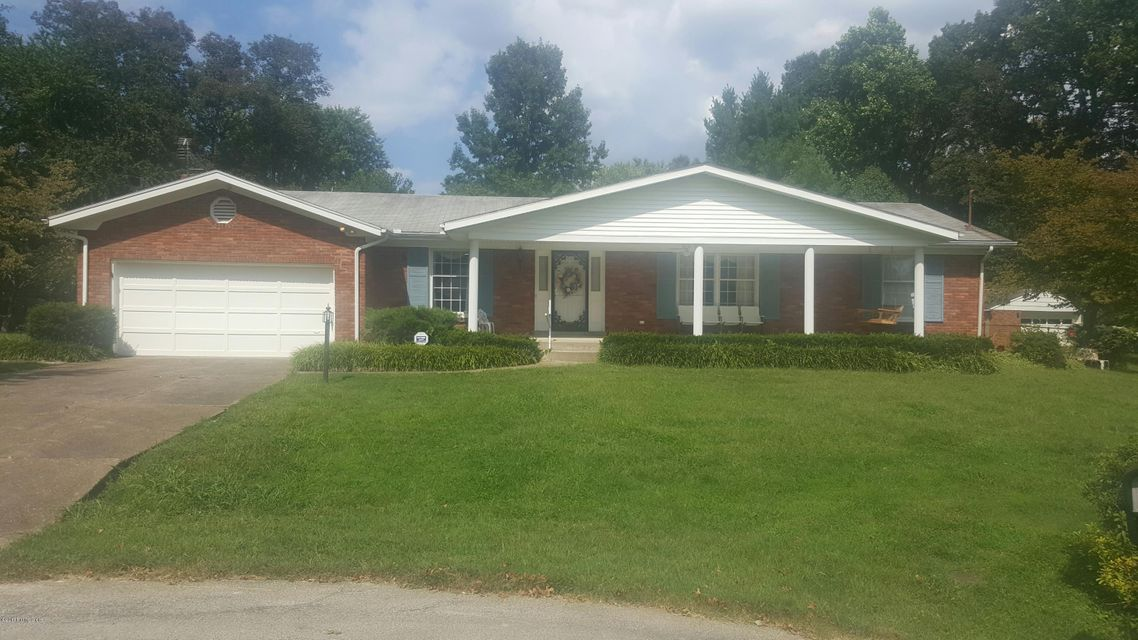 Single Family Home for Sale at 3603 Whitehall Court Louisville, Kentucky 40272 United States