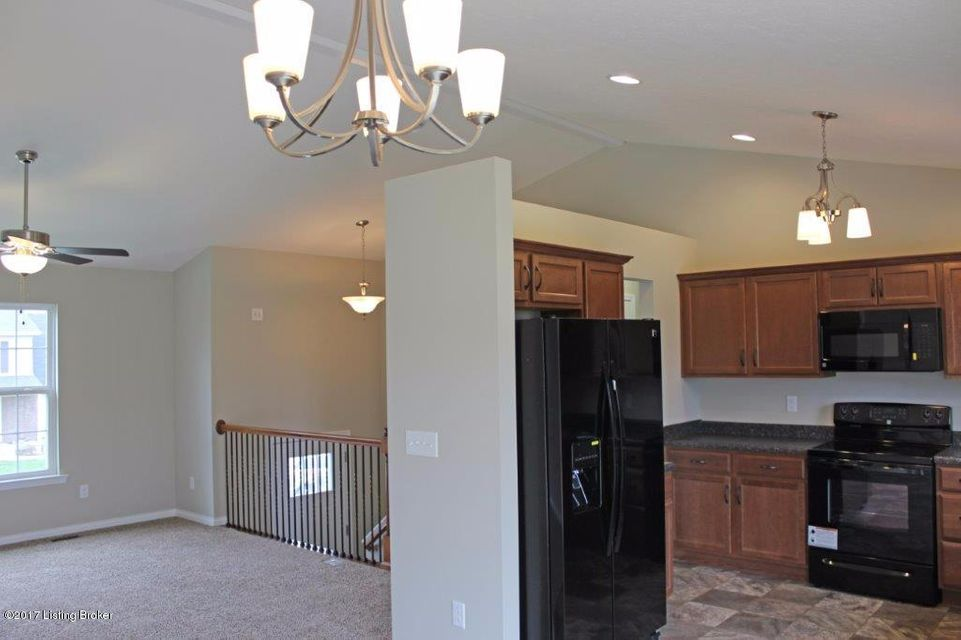 Additional photo for property listing at 188 Creekvale Court  Vine Grove, Kentucky 40175 United States