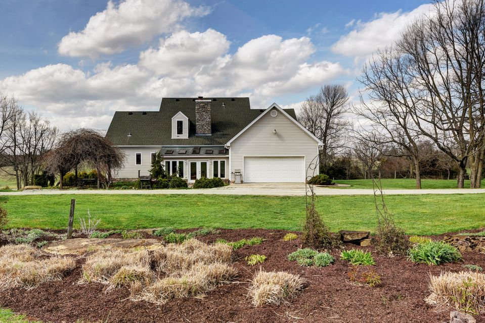 Additional photo for property listing at 2016 E Hwy 42  La Grange, Kentucky 40031 United States