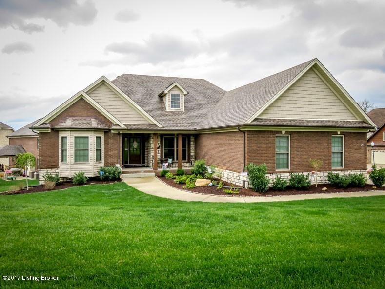 Single Family Home for Sale at 4907 Carriage Pass Place Louisville, Kentucky 40299 United States