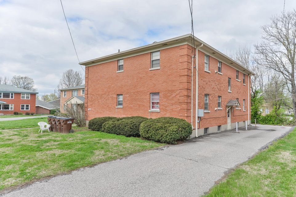 Additional photo for property listing at 3210 Orchard Manor  Louisville, Kentucky 40220 United States