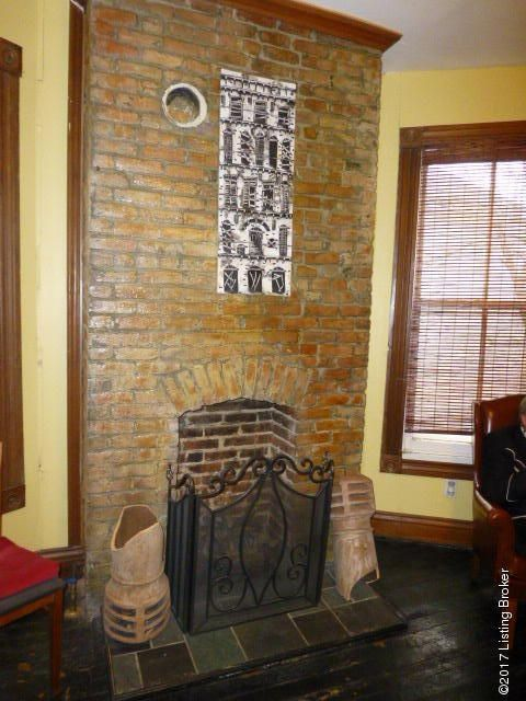 Additional photo for property listing at 1405 Morton 1405 Morton Louisville, Kentucky 40204 United States