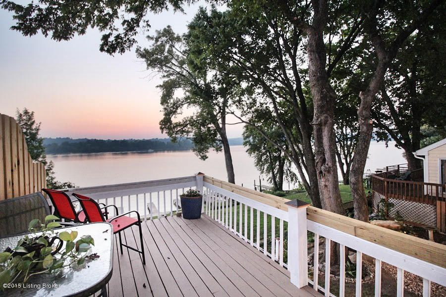 Additional photo for property listing at 2802 Belknap Beach Road 2802 Belknap Beach Road Prospect, Kentucky 40059 United States