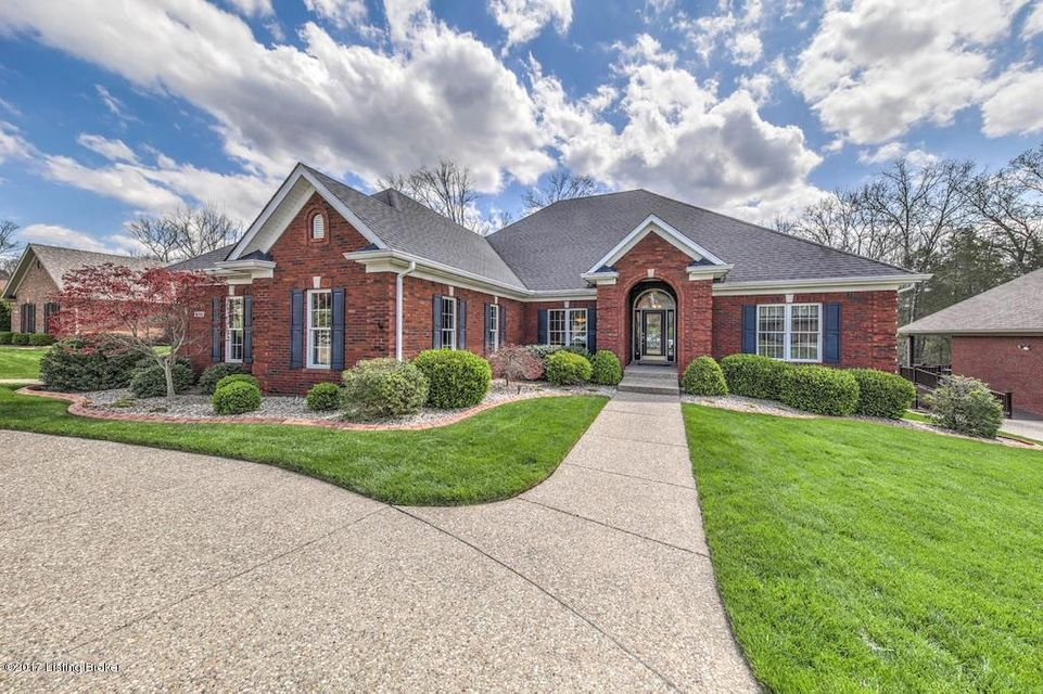Single Family Home for Sale at 4716 Razor Creek Way Louisville, Kentucky 40299 United States