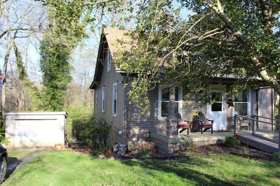 Single Family Home for Sale at 107 Eastwood Fisherville Road 107 Eastwood Fisherville Road Louisville, Kentucky 40245 United States