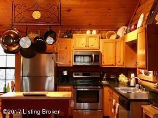 Additional photo for property listing at 823 Penn Run Road  Bee Spring, Kentucky 42207 United States