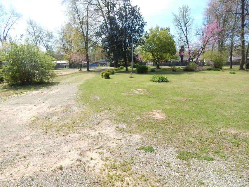 Additional photo for property listing at 1117 Markwell Lane  Louisville, Kentucky 40219 United States