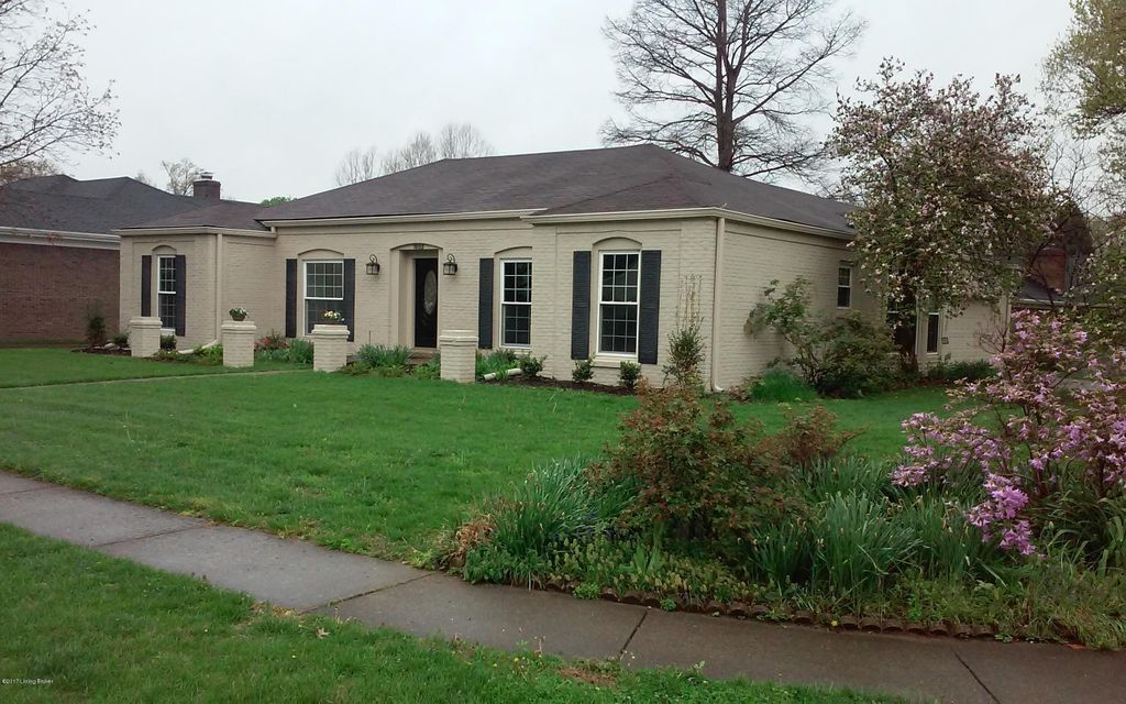 Single Family Home for Sale at 1805 Bainbridge Row Drive Louisville, Kentucky 40207 United States