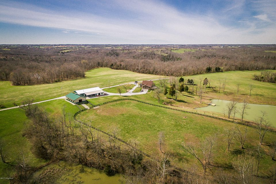 Single Family Home for Sale at 998 Galbraith Road Pleasureville, Kentucky 40057 United States