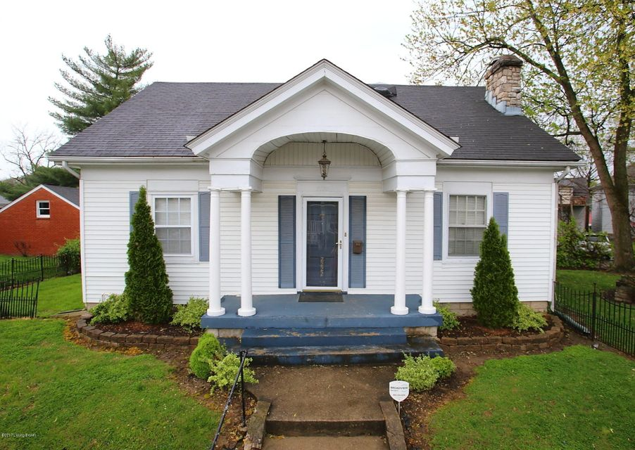 Single Family Home for Sale at 2222 Spring Avenue New Albany, Indiana 47150 United States