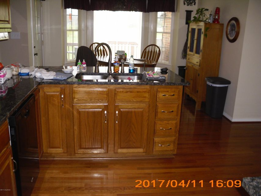 Additional photo for property listing at 70 Weissinger Court  Shelbyville, Kentucky 40065 United States