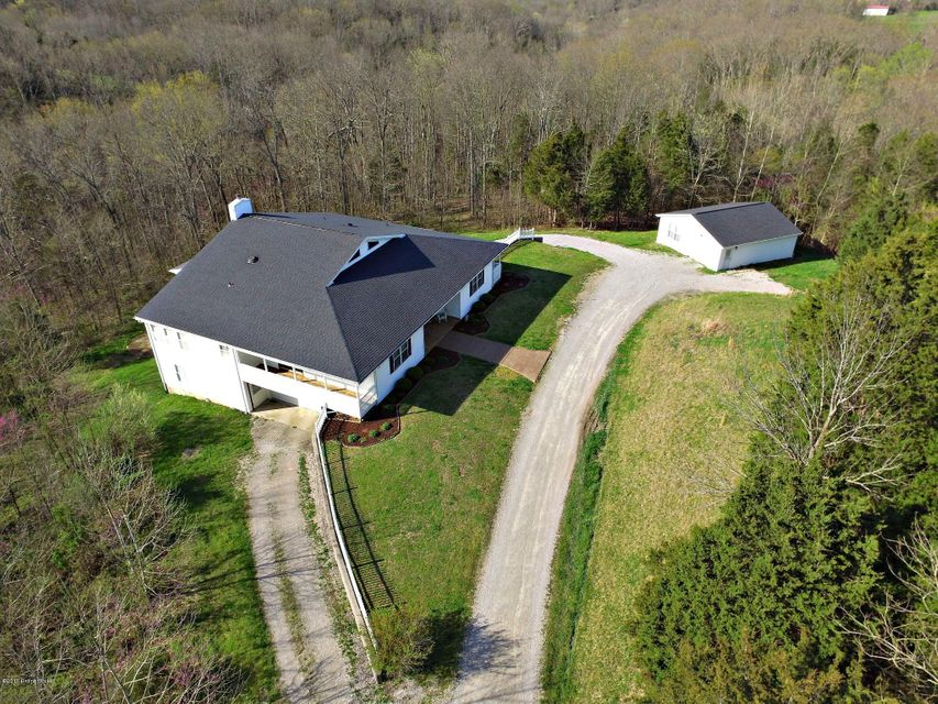 Single Family Home for Sale at 1583 Mink Run Road Frankfort, Kentucky 40601 United States