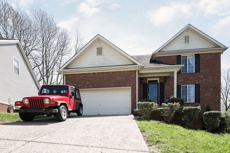 Single Family Home for Sale at 8402 Biggin Hill Lane Jeffersontown, Kentucky 40220 United States
