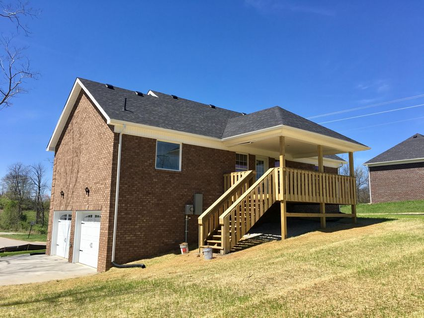 Additional photo for property listing at 201 S Howard Street  Bardstown, Kentucky 40004 United States