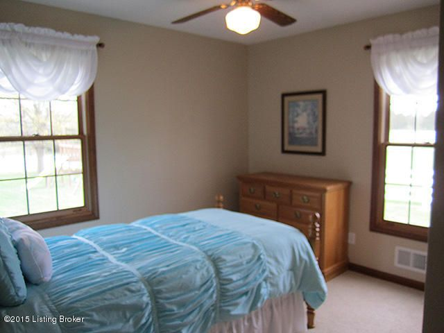 Additional photo for property listing at 9415 Independence School Road 9415 Independence School Road Louisville, Kentucky 40291 United States