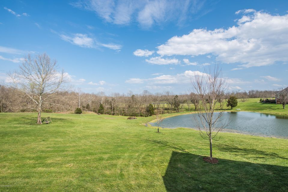 Additional photo for property listing at 18441 Bridgemore Lane  Louisville, Kentucky 40245 United States