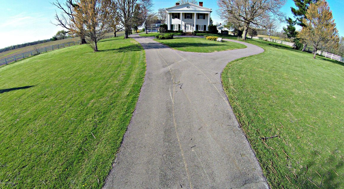 Additional photo for property listing at 2170 Benson Pike 2170 Benson Pike Shelbyville, Kentucky 40065 United States