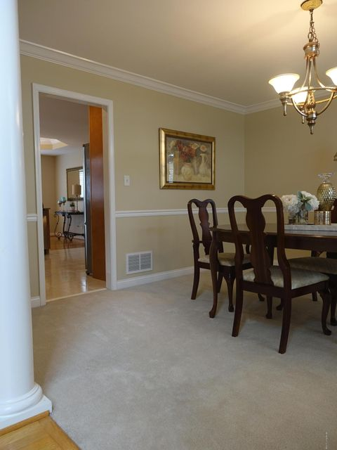 Additional photo for property listing at 12805 Willow Park Drive  Louisville, Kentucky 40299 United States
