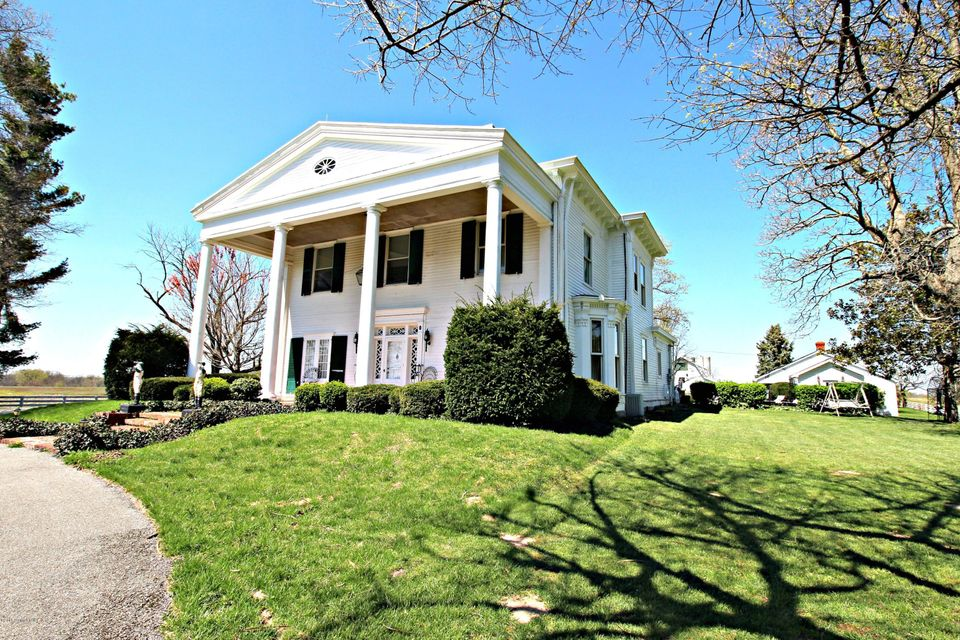 Additional photo for property listing at 2170 Benson Pike  Shelbyville, Kentucky 40065 United States