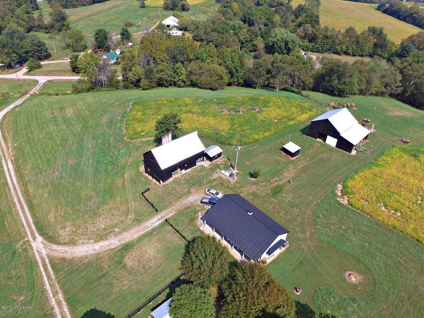 Additional photo for property listing at 3381 Woodlawn Road 3381 Woodlawn Road Shelbyville, Kentucky 40065 United States