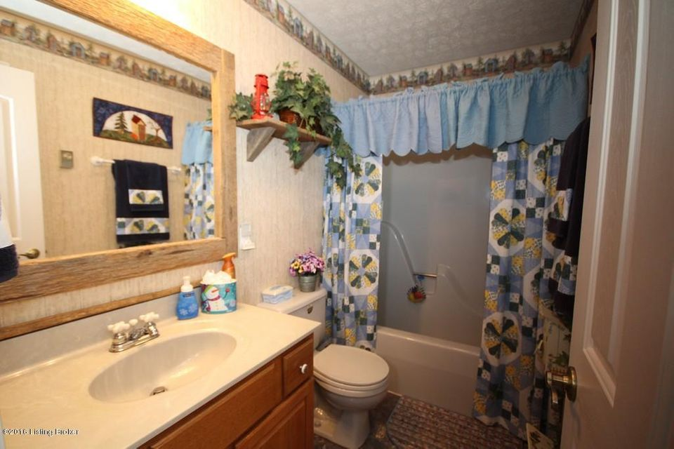 Additional photo for property listing at 2942 Peonia Road 2942 Peonia Road Clarkson, Kentucky 42726 United States