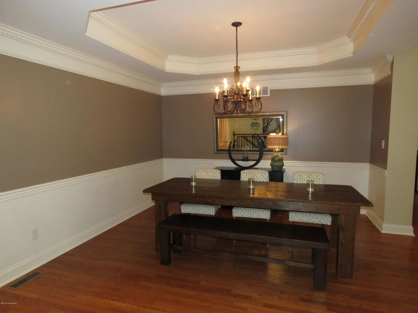 Additional photo for property listing at 119 Whispering Pines Circle  Louisville, Kentucky 40245 United States