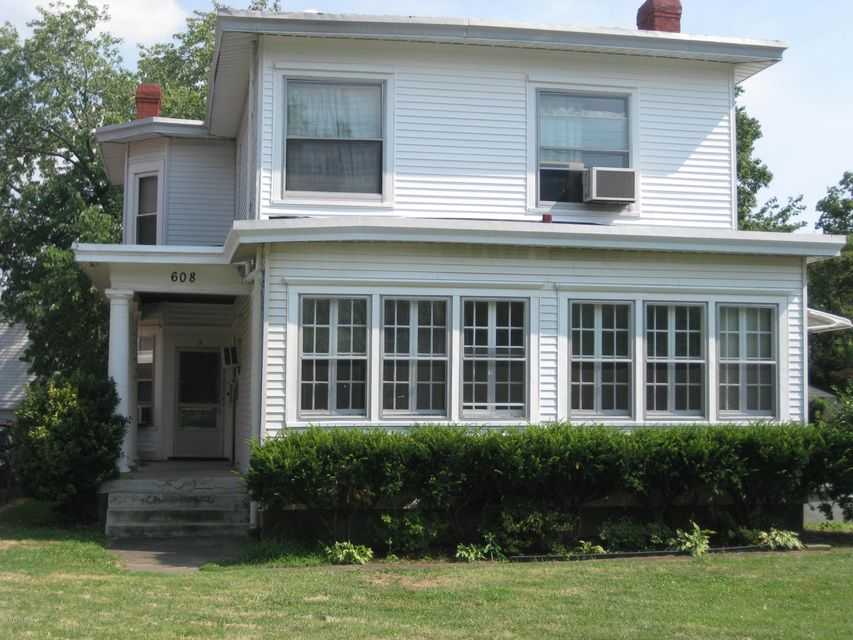Single Family Home for Rent at 608 Eastern Pkwy Louisville, Kentucky 40217 United States