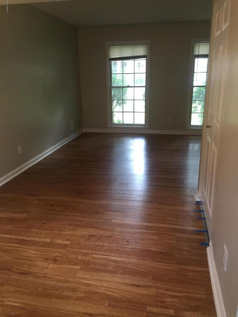 Additional photo for property listing at 418 W Hill Street  Louisville, Kentucky 40208 United States