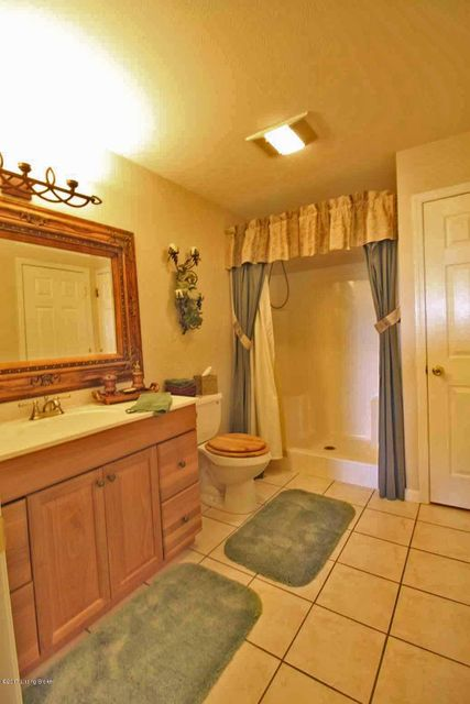 Additional photo for property listing at 116 Trammell Lane  Bagdad, Kentucky 40003 United States