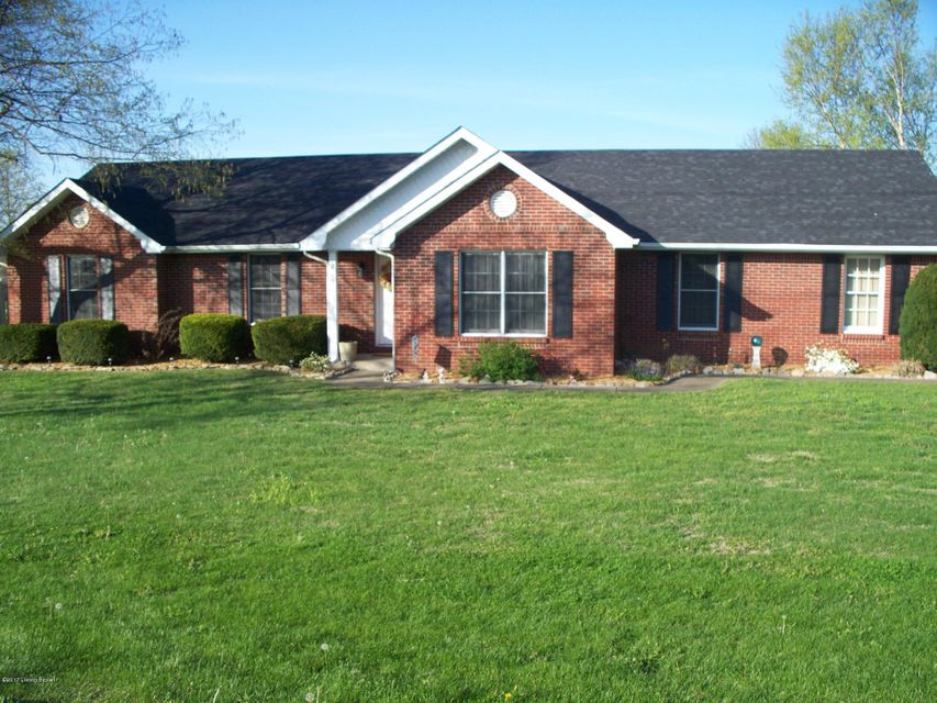 Single Family Home for Sale at 2104 Campbellsville Road Hodgenville, Kentucky 42748 United States