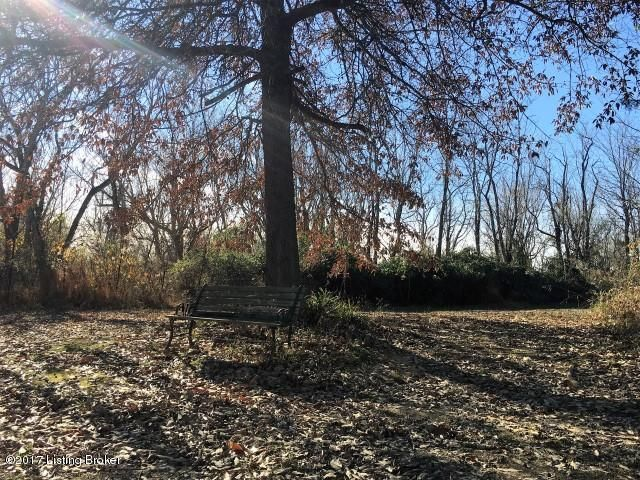 Additional photo for property listing at 8820 Thixton Lane  Louisville, Kentucky 40229 United States