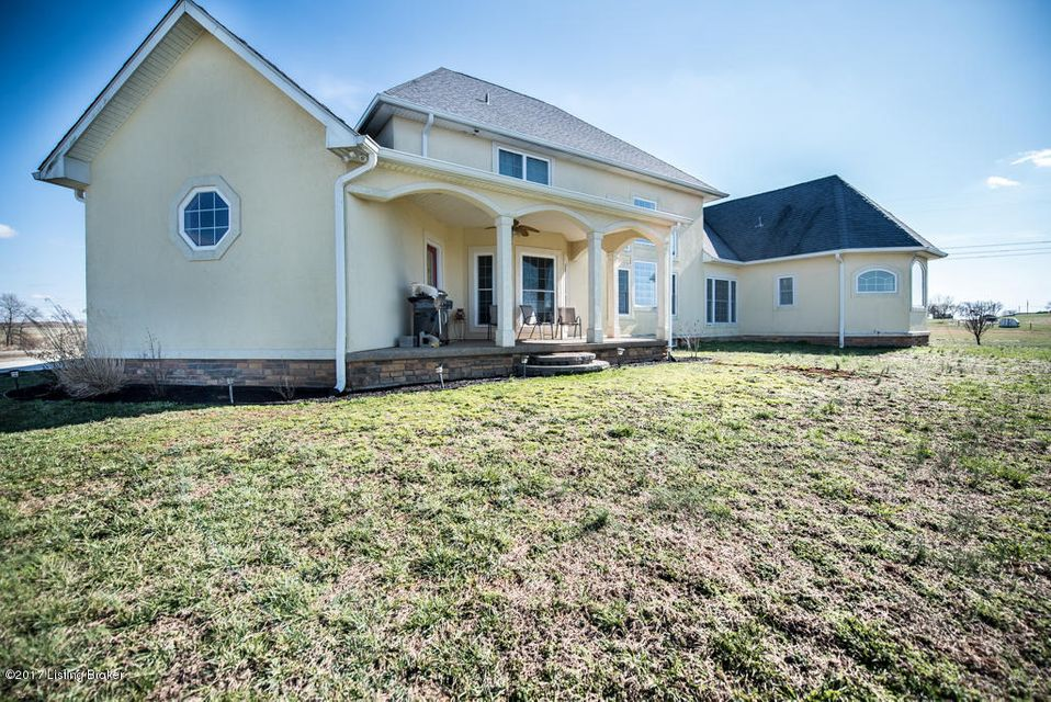 Additional photo for property listing at 332 Walter Reed Road  Hodgenville, Kentucky 42748 United States