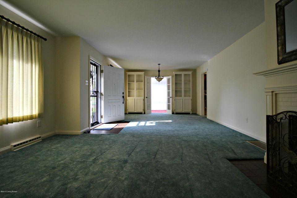 Additional photo for property listing at 901 Plainview Avenue  Shelbyville, Kentucky 40065 United States