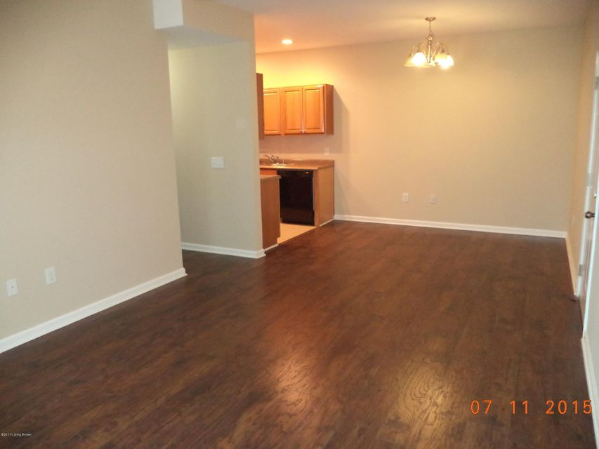 Additional photo for property listing at 12505 Townepark Way  Louisville, Kentucky 40243 United States