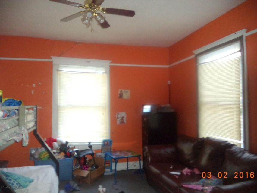 Additional photo for property listing at 119 41st  Louisville, Kentucky 40212 United States