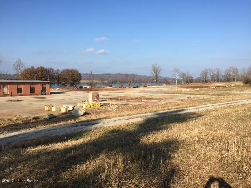 Additional photo for property listing at 290 Old Cloverport Holt 290 Old Cloverport Holt Cloverport, Kentucky 40111 United States