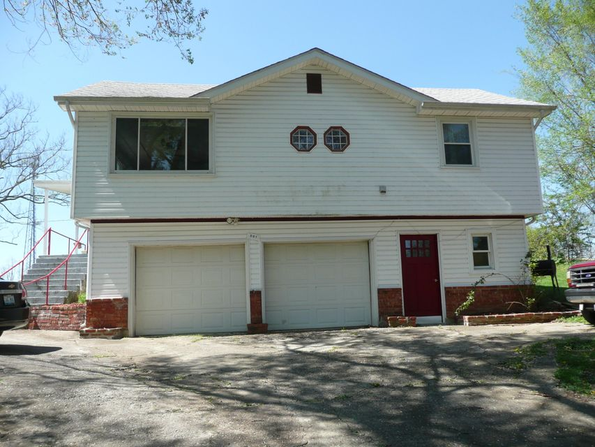 861 Townhill Rd, Taylorsville, KY 40071