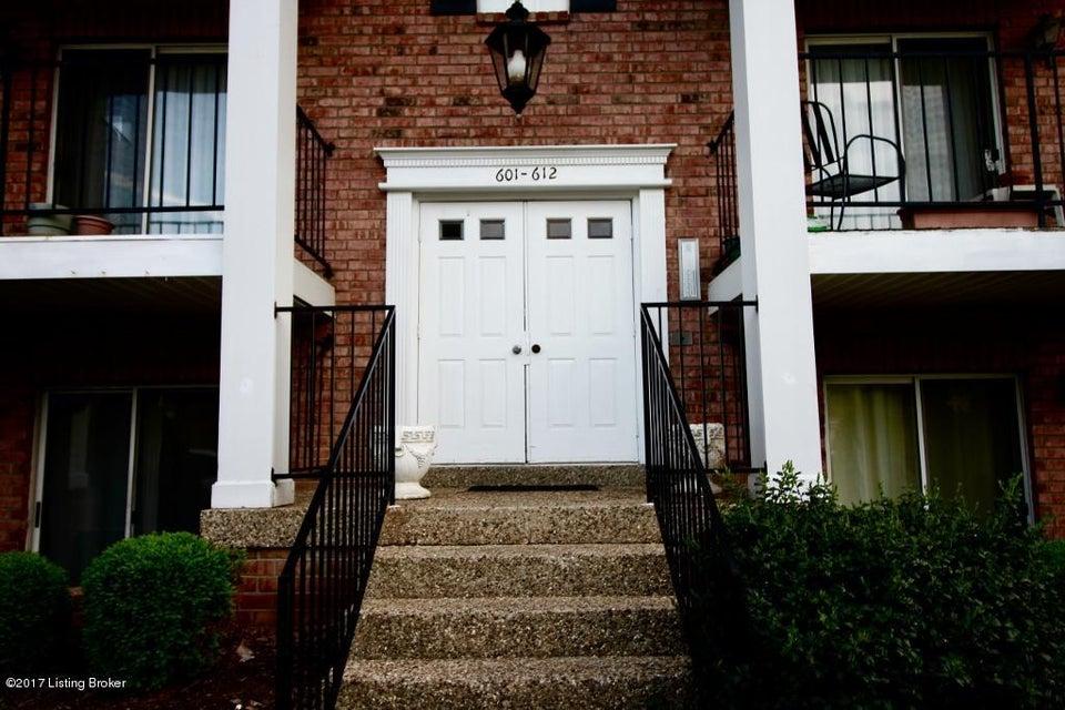 602 Donard Park Ave, Louisville, KY 40218