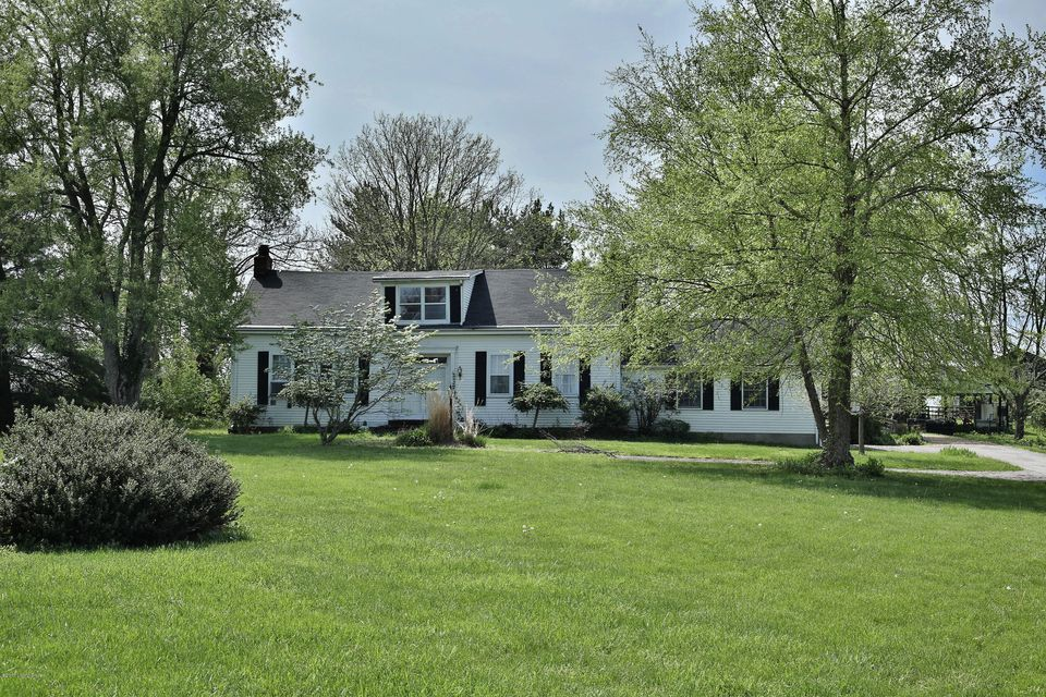 Farm / Ranch / Plantation for Sale at 2814 TODDS POINT Road Simpsonville, Kentucky 40067 United States
