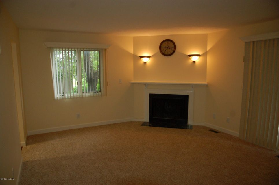 Additional photo for property listing at 5603 Harrods Cove  Louisville, Kentucky 40059 United States