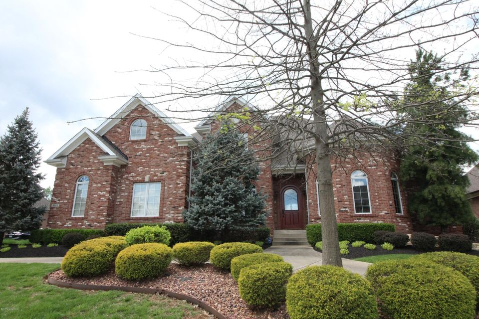 Single Family Home for Sale at 2115 Highland Springs Place Louisville, Kentucky 40245 United States