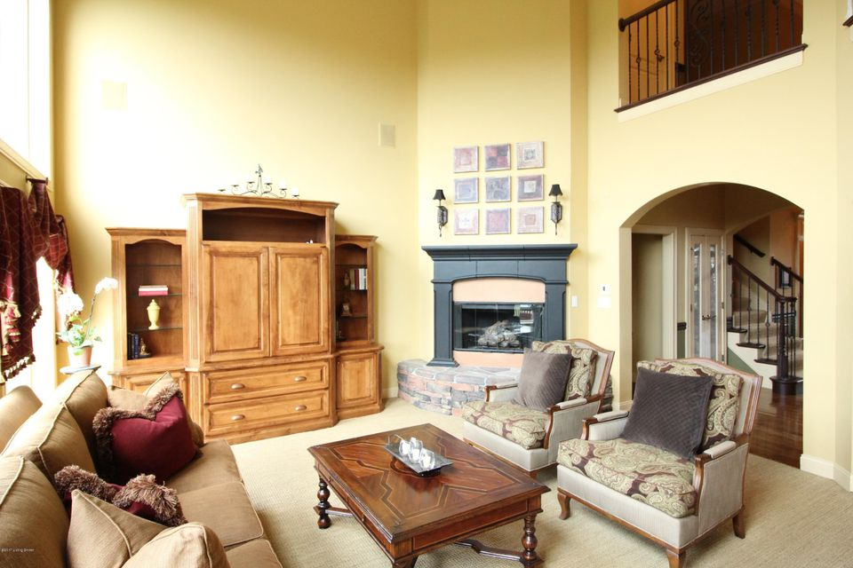 Additional photo for property listing at 2115 Highland Springs Place  Louisville, Kentucky 40245 United States